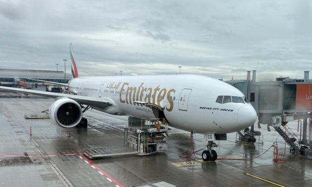 Emirates, Praha – Dubaj, Boeing 777-300ER, Economy